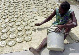 Haiti-mudcakes